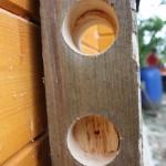 Fori per posizionare i corsi orizzontali in bambù